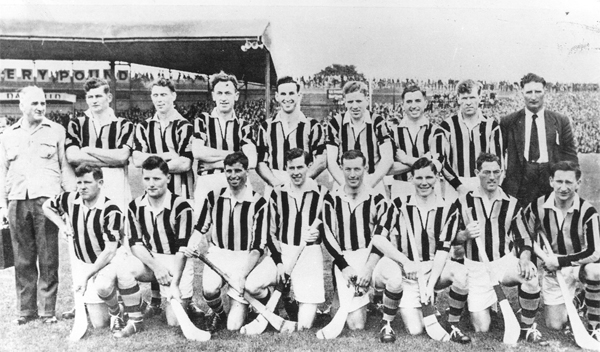 Back Row: Syd Bluett (Trainer), Jim &quot;Link� Walsh, Dick Rockett, John Sutton, Mick Brophy, Sean Clohosey, Mick Kenny, Ollie Walsh, Bob Aylward (Chairman, Co. Board).<br />