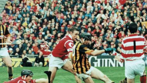 "Henry Shefflin watches as DJ Carey almost kicks a goal past Cork Goalie, Donal Ã""g Cusack in the 1999 All Ireland Final. Photo Sportsfile"